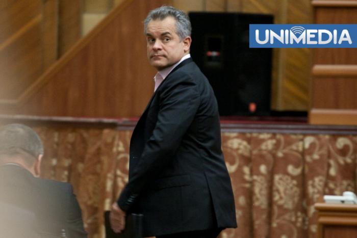 (foto) Cine ar putea să îi ia locul lui Plahotniuc în Parlament
