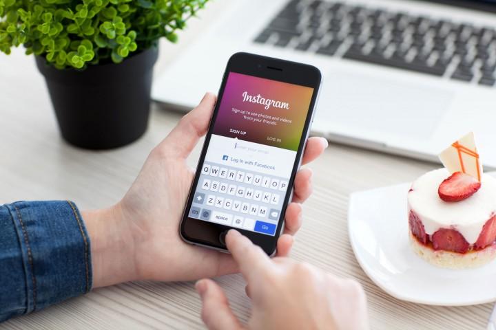 Cum postezi pe Instagram sau InstaStory de pe laptop sau desktop