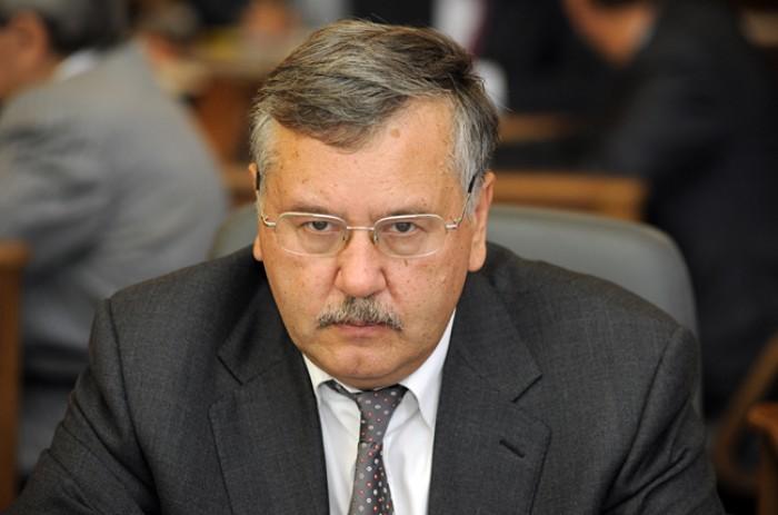 Fostul ministru ucrainean al apărării: Regimentul de aeropurtate se îndreaptă spre Kiev