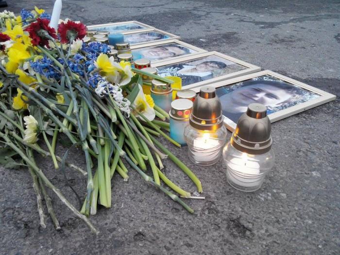 (foto) Acțiune de comemorare a victimelor din 7 aprilie, în centrul capitalei