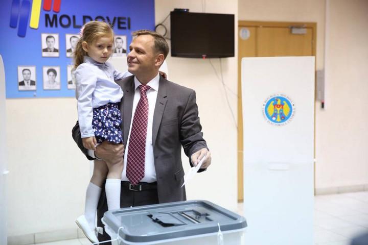 (foto) Au fost identificate mai multe încălcări ale legislației. Andrei Năstase a depus contestații