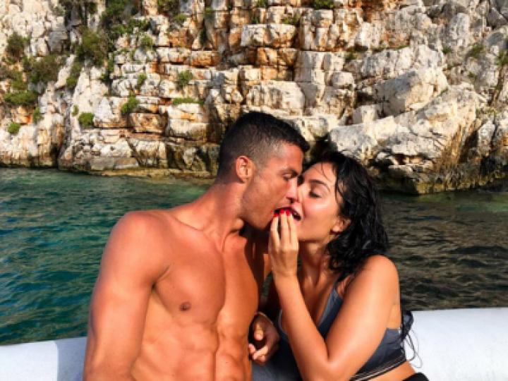 Gestul incredibil al lui Cristiano Ronaldo. Bacșișul pe care l-a lăsat fotbalistul în vacanța petrecută în Grecia