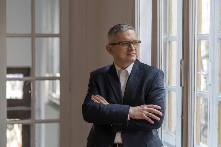 (interviu) Senatorul român de diaspora, Radu Mihail, despre clasa politică de la Chișinău, Unire și românii de pretutindeni