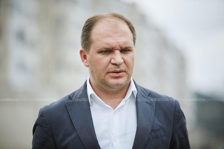 Ion Ceban, convins că poate învinge chiar din primul tur: Candidatul PSRM este dispus să le ofere loc în Primărie lui Andrei Năstase și Silviei Radu