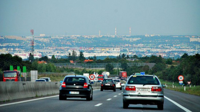 La drum cu mașina prin Europa. Cum sunt taxați șoferii pe autostrăzile din UE