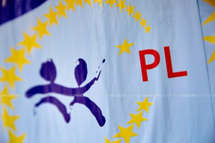 (video) Liberalii la CC: Referendumul privind demiterea lui Chirtoacă este neconstituțional