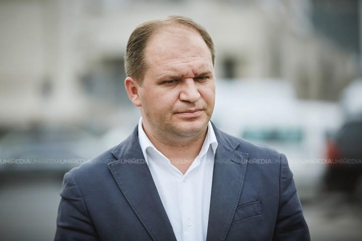 (video) Propunerile lui Ion Ceban pentru îmbunătățirea situației angajaților din sistemul protecției sociale din municipiul Chișinău