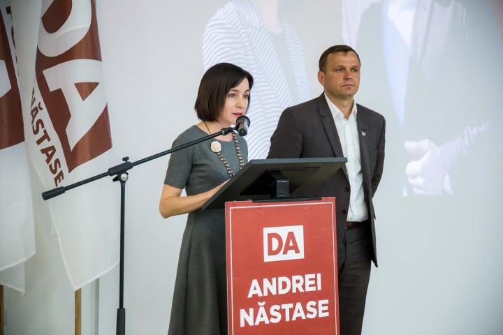 (video) Liderii Platformei DA și Partidul Acțiune și Solidaritate au susținut o conferință de presă