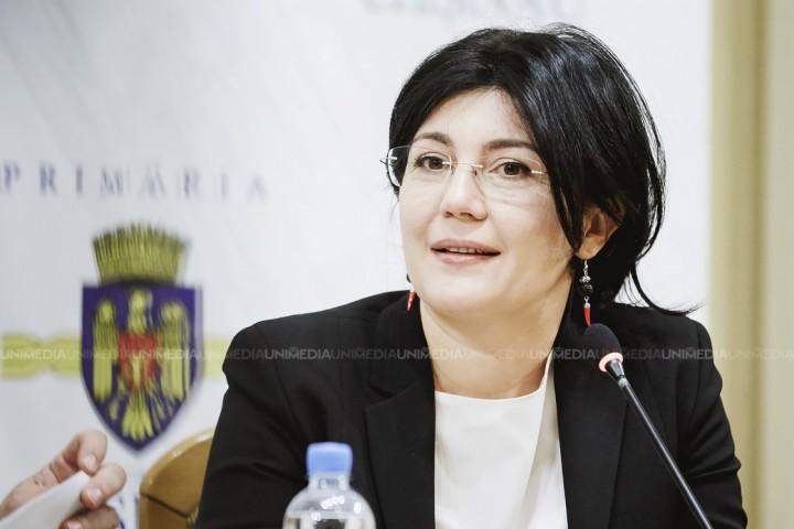 (video) Silvia Radu, candidatul independent la funcția de primar al capitalei, și-a prezentat demisia din interimat. Cine-i va lua locul
