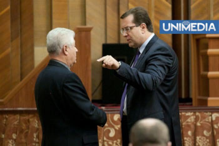 Lupu declară că respingerea demisiei lui Plahotniuc arată unitatea AIE