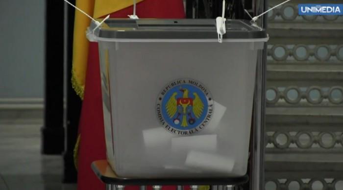 Ora 18:30. 51.02% din votanți au trecut pe la urne