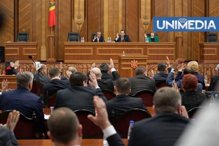 (video) Parlamentul a adoptat declarația privind diferendul transnistrean, dar nu în unanimitate