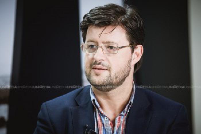 Popov: PDM ştia că Leancă vrea să se retragă în favoarea Maiei şi i-au luat-o înainte lui Iurie Leancă