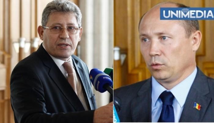 """Raportul BEM, audiat cu ușile închise în Parlament. Ghimpu și Streleț """"au aruncat unul în altul cu săgeți"""""""