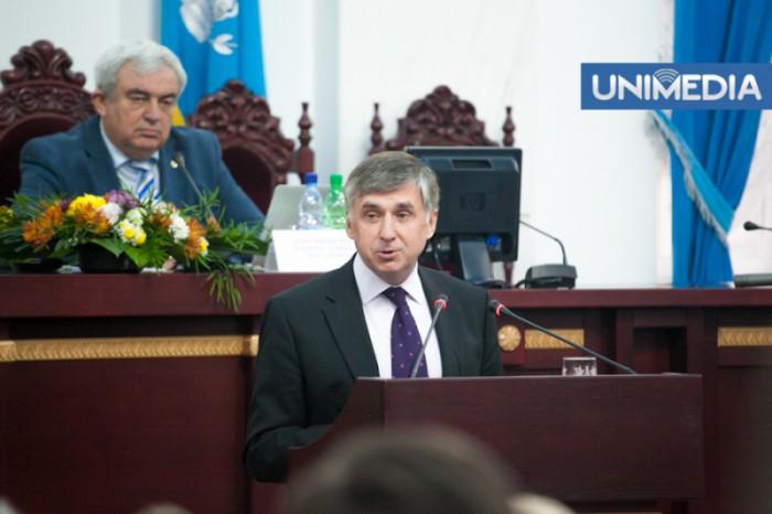 Sturza a făcut cu ou și oțet elita politică de la Chișinău