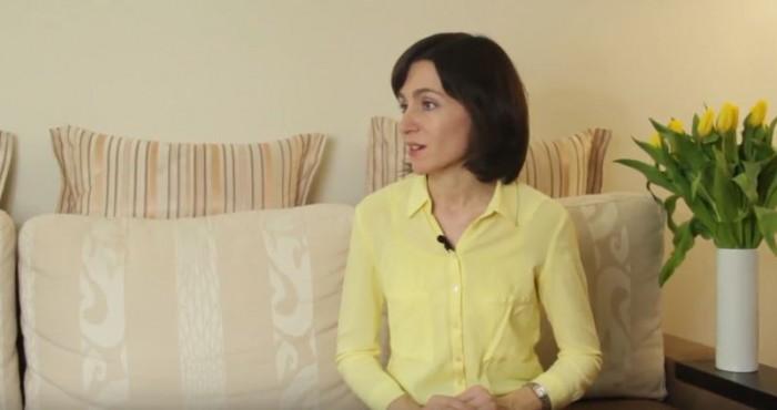 (video) Acasă la Maia Sandu. Candidata la președinție răspunde la 13 întrebări într-un interviu acordat în apartamentul său