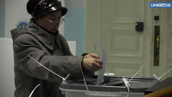 (video) Alegeri 2014. Cum votează cetățenii moldoveni la Chișinău