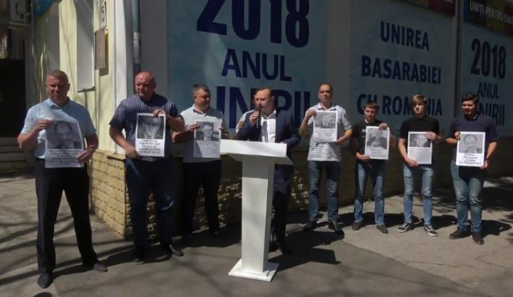 (video) Bătrîncea, la sediul Partidului Liberal: Vă informăm că s-a produs marea unire. S-au unit corupții în susținerea lui Năstase