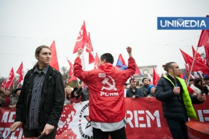 (video) Comuniștii, în pauză