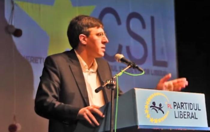 (video) Stop Cadru: Chirtoacă îi reproșează lui Dodon că se gândea la referendum cu mortul pe laiță