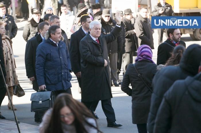 (video) Stop cadru: Voronin nu vrea pază, se simte în siguranță printre cetățenii țării