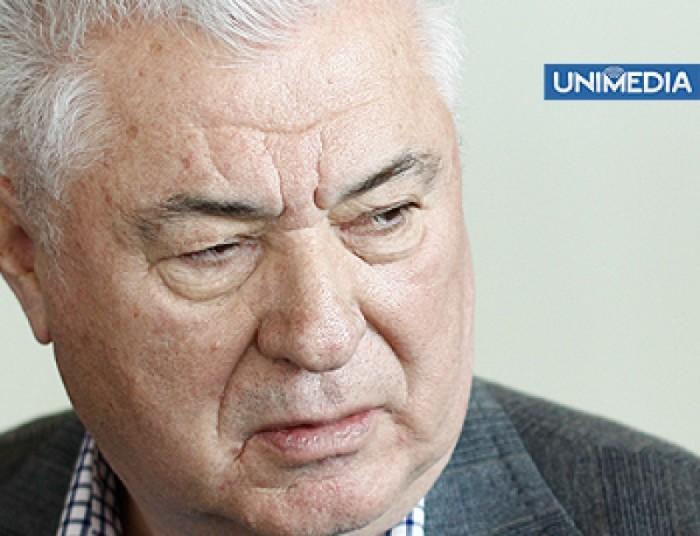 "(video) Voronin, ""încolțit"" de jurnaliști"