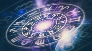 Horoscop: Contextul astrologic de astăzi e plin de iubire. Scorpionii pun la punct o afacere de familie