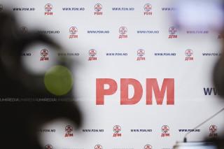 (live/update) Briefing săptămânal, organizat de Partidul Democrat; Vladimir Plahotniuc, în fața presei