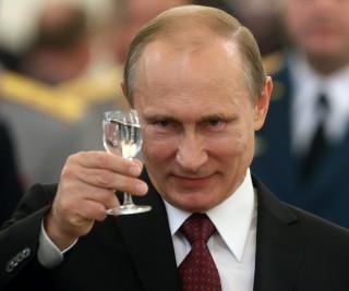 """Reacția lui Putin după ce rusoaicele au fost îndemnate să nu întrețină relații sexuale cu străinii: """"Pot decide singure ce să facă"""""""