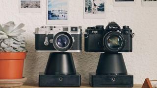Vechea ta cameră cu film se poate transforma în Polaroid, cu un gadget simplu