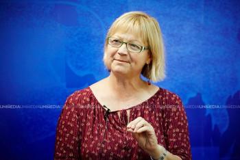 Ecaterina Mardarovici în studioul UNIMEDIA