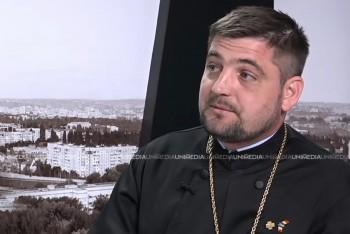 Părintele Sergiu Aga în studioul UNIMEDIA