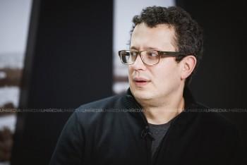 Vadim Pistrinciuc în studioul UNIMEDIA