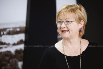 Catinca Mardarovici în studioul UNIMEDIA