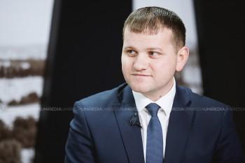 Valeriu Munteanu în studioul UNIMEDIA