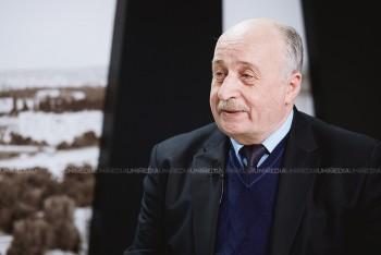 Valeriu Saharneanu în studioul UNIMEDIA