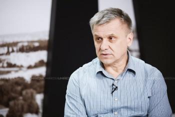Igor Boțan în studioul UNIMEDIA