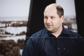 Victor Parlicov în studioul UNIMEDIA