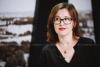 Diana Lazăr în studioul UNIMEDIA